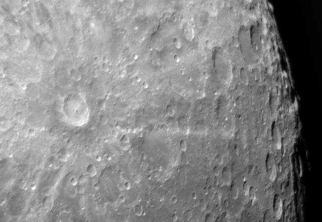 Il cratere Tycho con l'area degli altopiani verso il Polo Sud della Luna ripresi con telescopio Celestron EdgeHD 925 e camera ASI178MM, catturato ed elaborato con EAGLE.